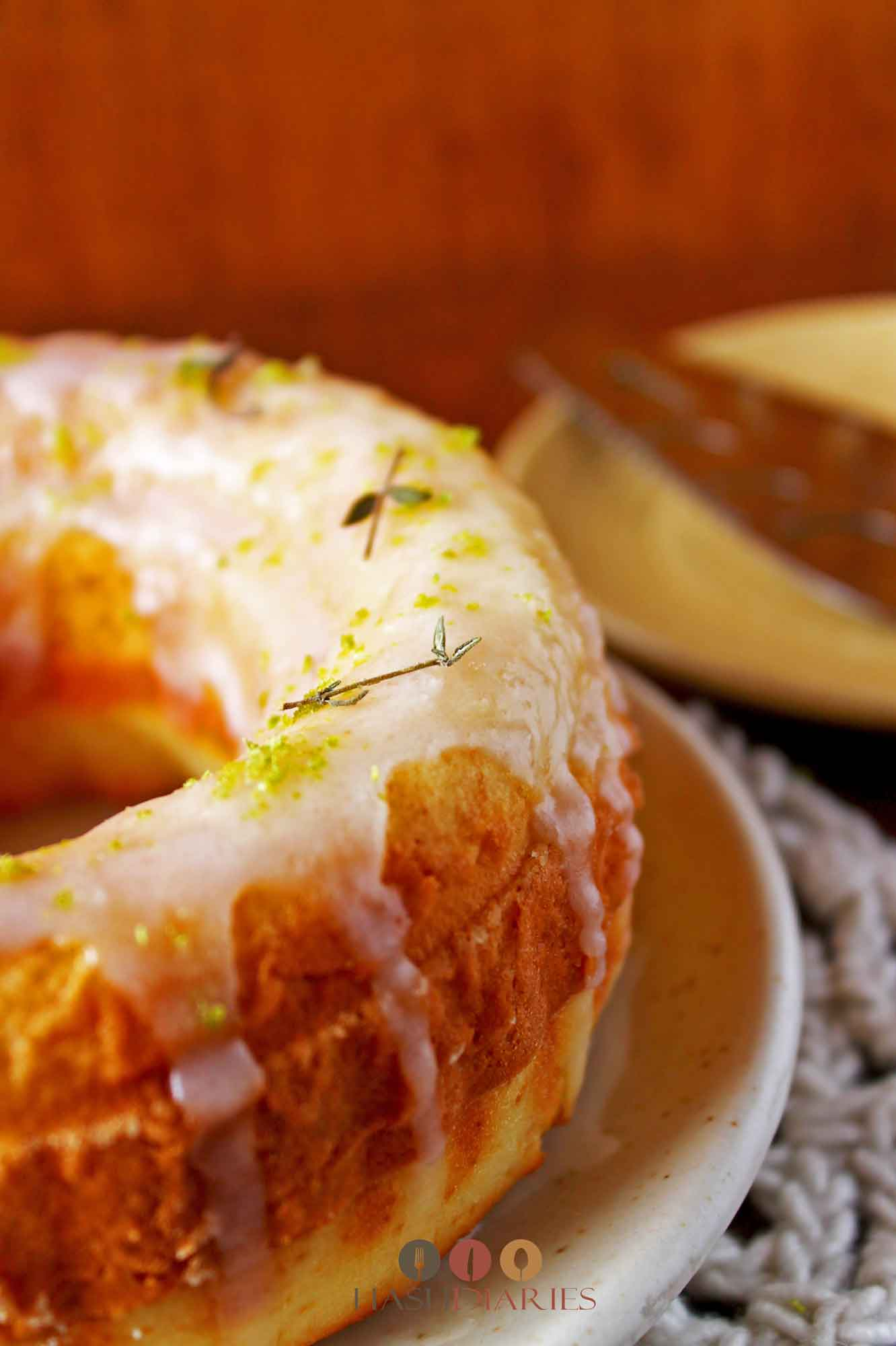 Lemon Thyme Glazed Cake Recipe